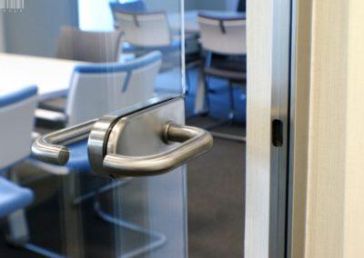 drzwi-szklane-do-biura