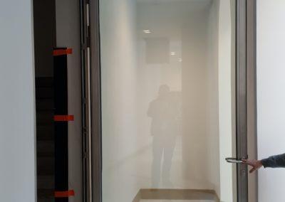 drzwi ze stali nierdzewnej