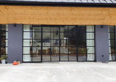 cienkie profile stalowe okno z dzwiami wejsciowymi_1